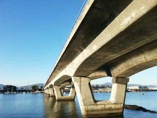 puente maritimo