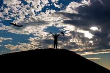 Am Hügel stehen