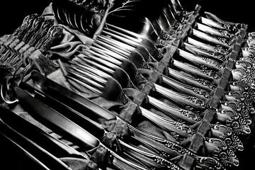 старые серебряные приборы