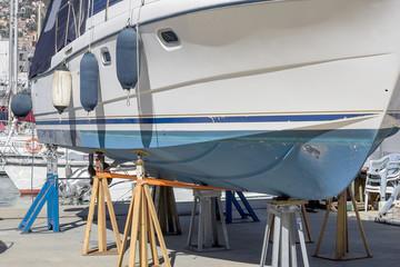 Barca in riparazione