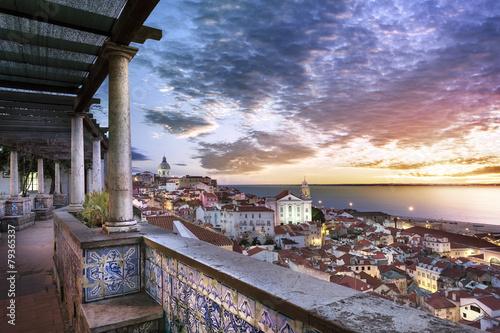 Mirador de santa luzia - Lisbonne - Portugal