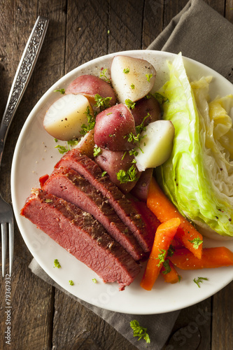 Homemade Corned Beef and Cabbage - 79367932