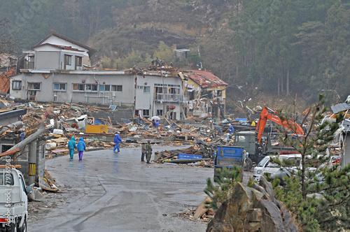 東日本大震災津波被害 - 79369363