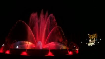 Fuente de colores y museo nacional Barcelona España