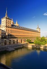estanque del monasterio del escorial