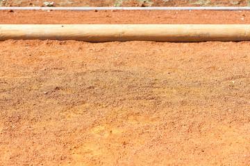 boulodrome, terrain de pétanque en terre ocre