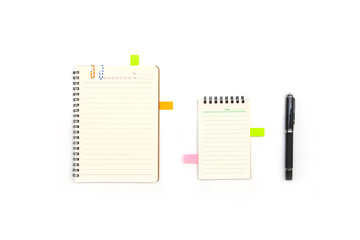 Blank notepad with reminder and pen