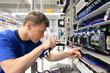Leinwanddruck Bild - Montage von Schaltschränken // Installation in HiTech factory