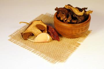 Сухие грибы 2