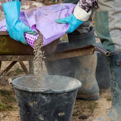 préparer l'engrais à épandre