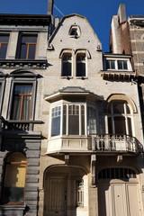 Maison ancienne à Bruxelles avec bow-window