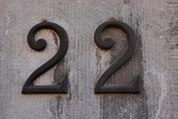 22, vingt deux, venti due, twenty two, zweiundzwanzig
