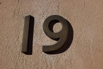 19, dix neuf, nineteen,diciannove, neunzehn,devetnaest