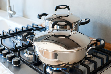 Saucepans stainless steel