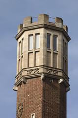 eckiger Turm