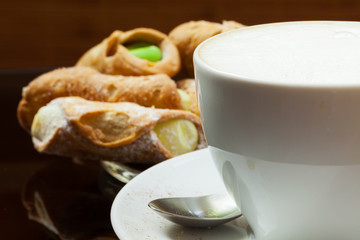 cappuccino - Cappuccino und Kekse