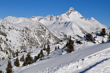 Berglandschaft:  Biberkopf  -  Arlberg im Tirol