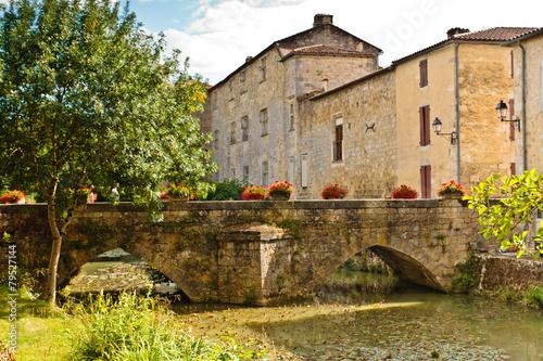 Papiers peints Pont Fourcès (Gers)