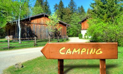 Strassenschild 32 - Camping