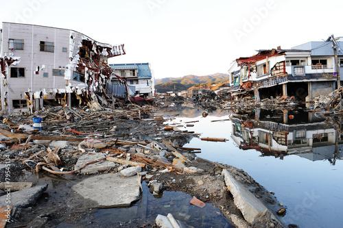 3・11・2011 Kesennuma0478 - 79545134