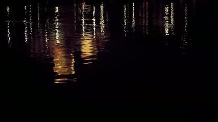 noc odbicie w wodzie