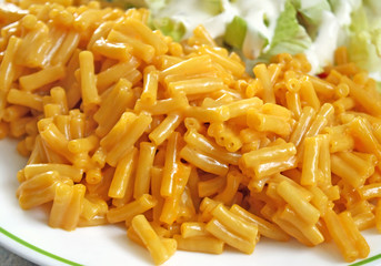 Plate of Macaroni and Cheese with a side salad