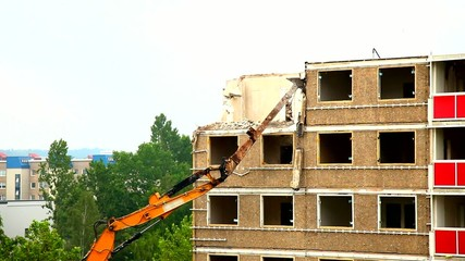 Dismantling of the old house in Gera, Germany