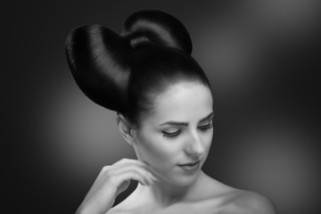Fashion Beauty Girl. Gorgeous Woman Portrait. Stylish Makeup. Ha