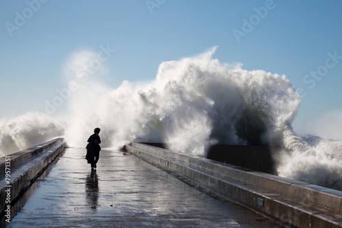 Aluminium Golven Waves on brekwater in Porto, Portugal.