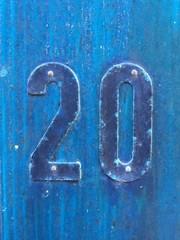 twenty vingt