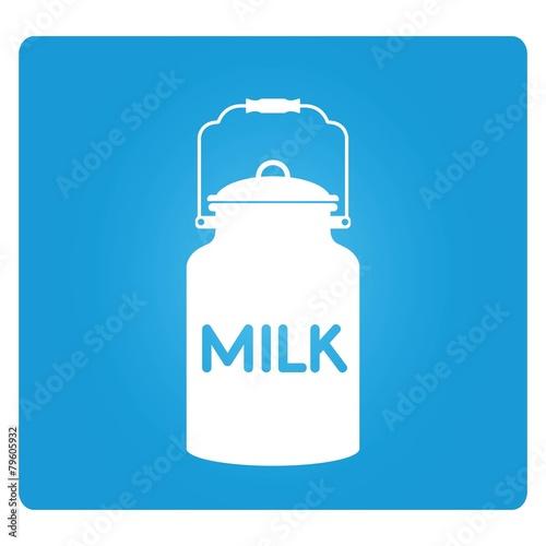 milk - 79605932