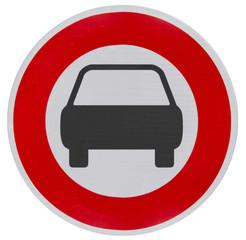 panneau d'interdiction de circuler aux véhicules