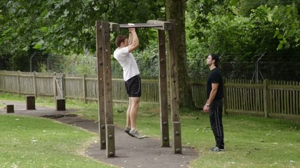 Personal trainer gives instructions