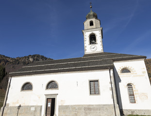 Esterno chiesa di S. Osvaldo, Sauris