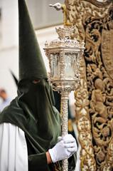 Nazareno con farol, Semana Santa de Sevilla, España