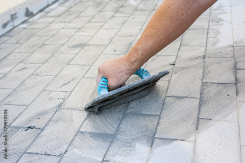 Tiled floor - 79650584