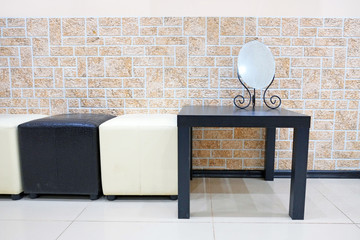 Coffee table and ottomans in the waiting room