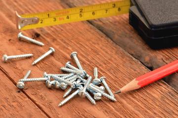 Holzschrauben, RK, Meter, Bleistift