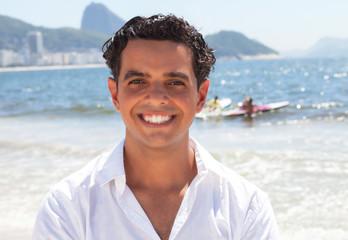 Portrait eines jungen Mannes an der Copacabana