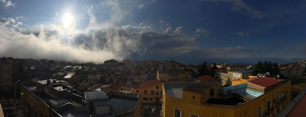 Vibo Valentia panoramica nebbia nuvole Calabria Italia