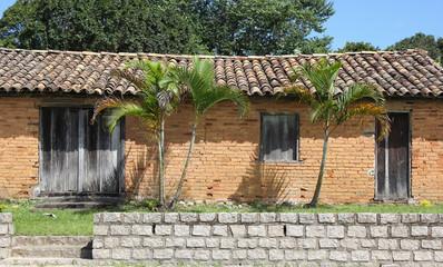 Casa de tijolos antiga
