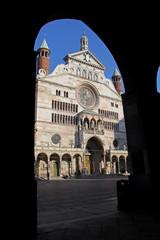 la facciata del Duomo di Cremona