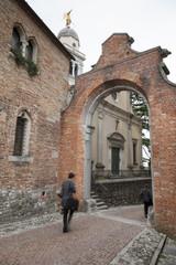 Uscendo dal Castello di Udine