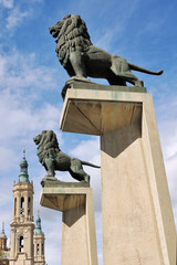 Lion statues on the Stone Bridge in Zaragoza, Spain