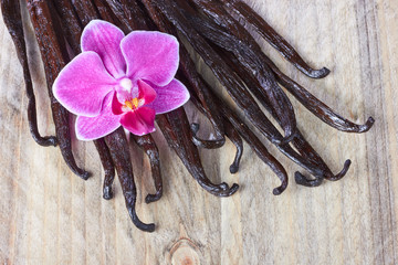 Vanilla sticks and orchid