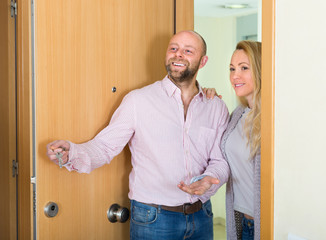 Couple coming to see new flat