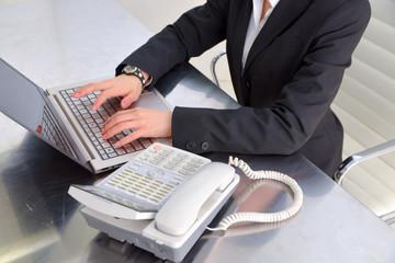 PC 電話 オフィス