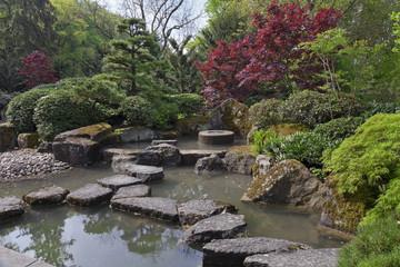 Japanischer Garten mit Teich