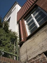 Mauerwerk einer alten Textilfabrik in Bielefeld Schildesche