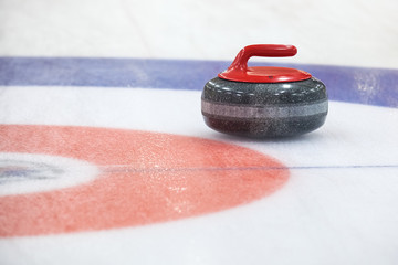 Curling rockson ice